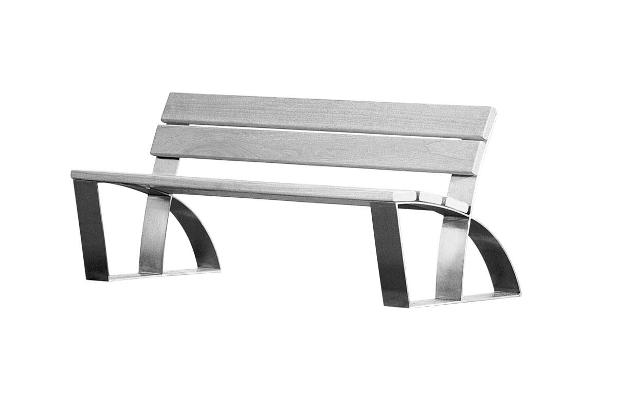 Parkbank aus einem Gestell aus gebogenem Stahl und Holzflächen