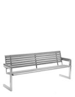 Parkbank mit Füssen aus Stahl und Sitzfläche aus Teak